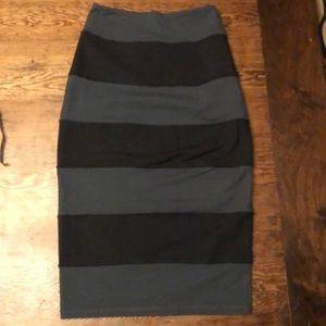 Lululemon Athletica skirt size 6 like new